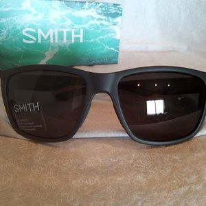 SMITH Accessories - Flash sale Nwt SMITH Longfin sunglasses